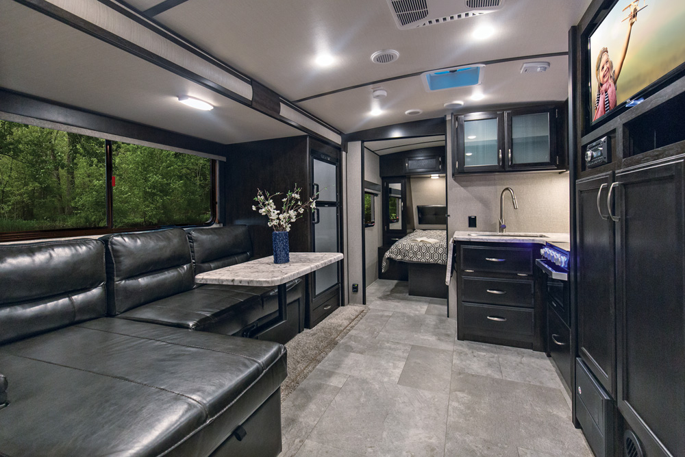 Ultra Light Travel Trailers >> Owners explain what they love about their Imagine 2150RB   GDRV4Life - Your Connection to the ...